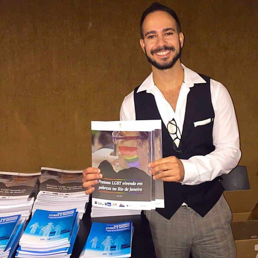Micro Rainbow's Project Manager Lucas Paoli launching the report.